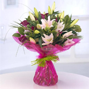 e4fb8a43694 Wootton Wawen Florists - Same Day Flower Delivery Order by 1pm
